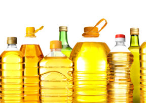 色んな種類のキャノーラ油