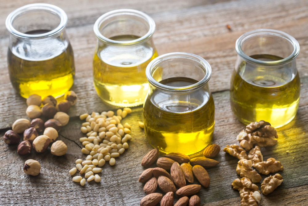 4種類の油とその原料