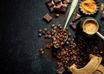 コーヒー豆とエスプレッソ